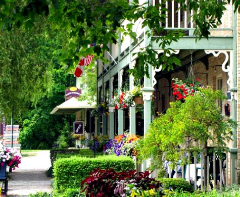 things to do in bayfield, ontario restaurants,shopping, hotels