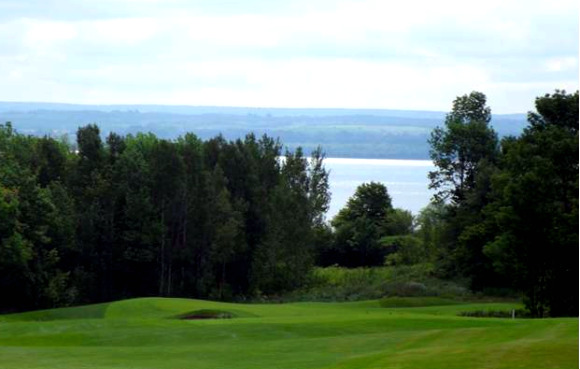 Cobble Beach Golf Course