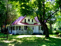 cottage country holidays