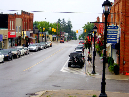 Thornbury Downtown