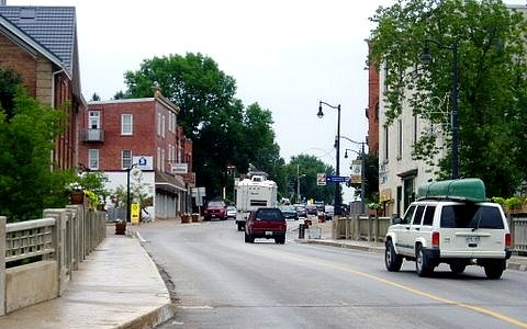 paisley downtown
