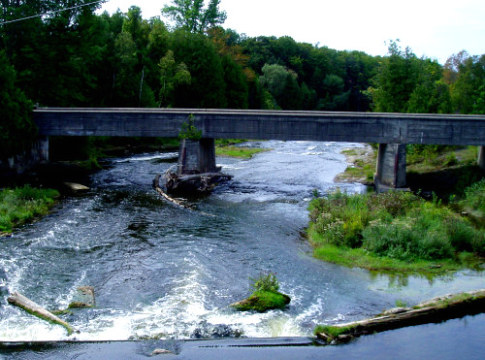 Rapids at Sauble Falls Provincial Park