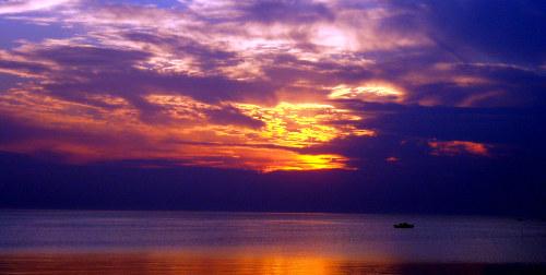 beach sunset photos